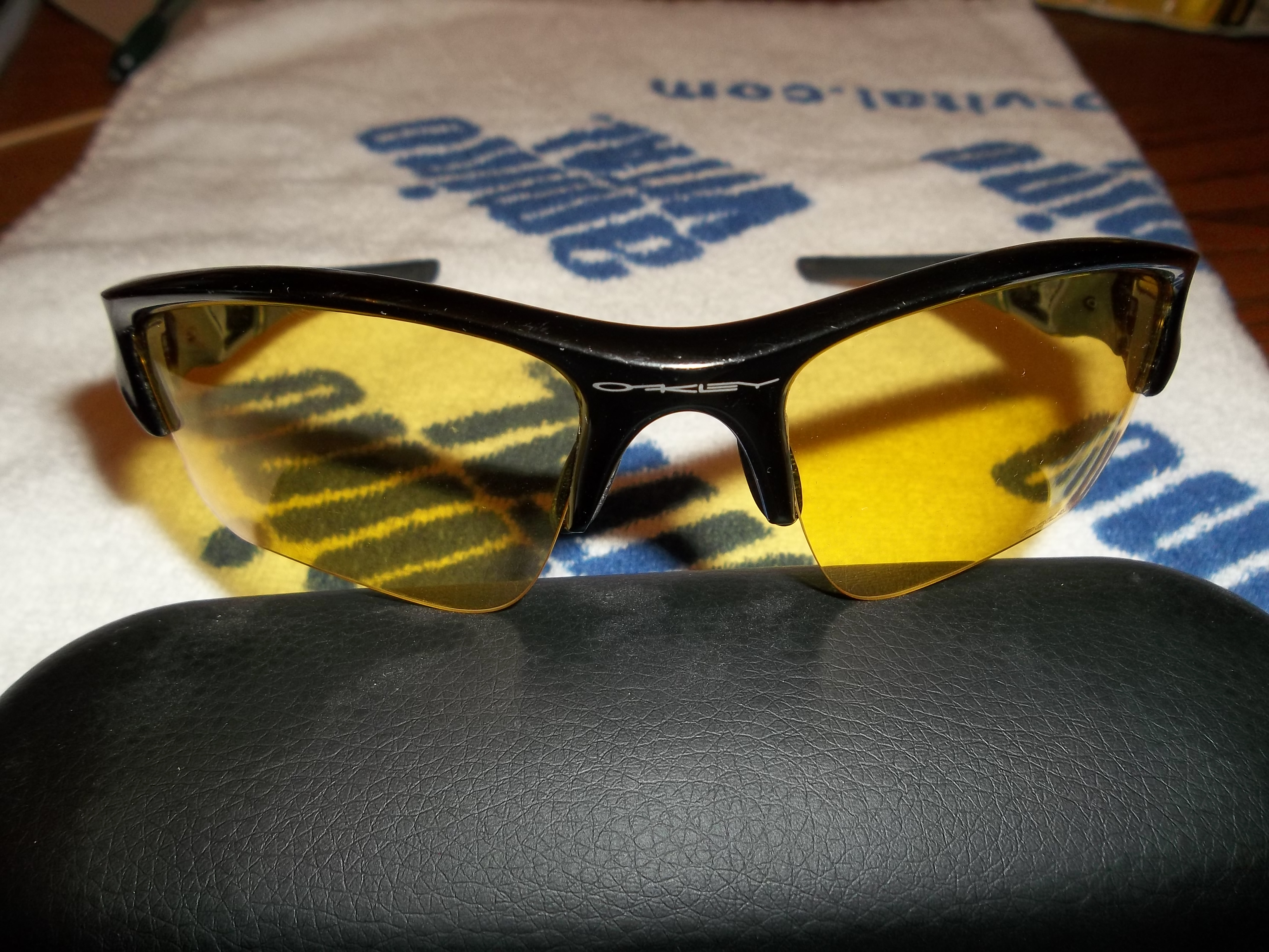 discounted oakley glasses 2vhf  For sale is a very good condition pair of Oakley Flak Jacket XLJ glasses  with yellow lenses These are REAL Oakleys, model #26-241 can be found on  the