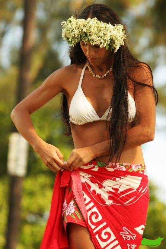 Hot maori girl strips, naked latino women pics