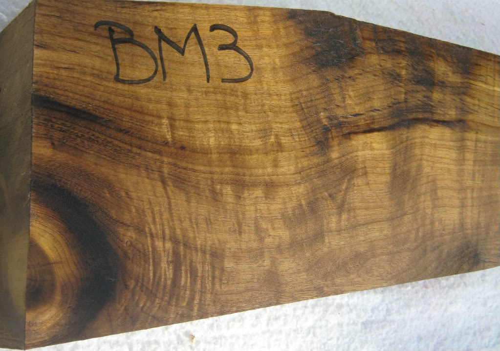 BM3rightbutt.jpg