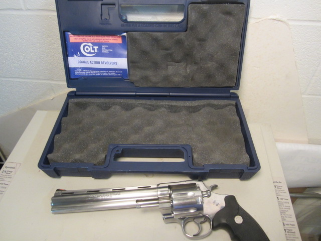 COLT 44 mag Anaconda 8 inch barrel stainless  really nice