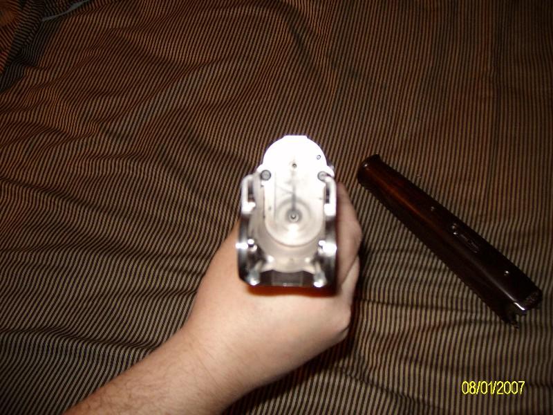 rhett1977_2010_220414.jpg